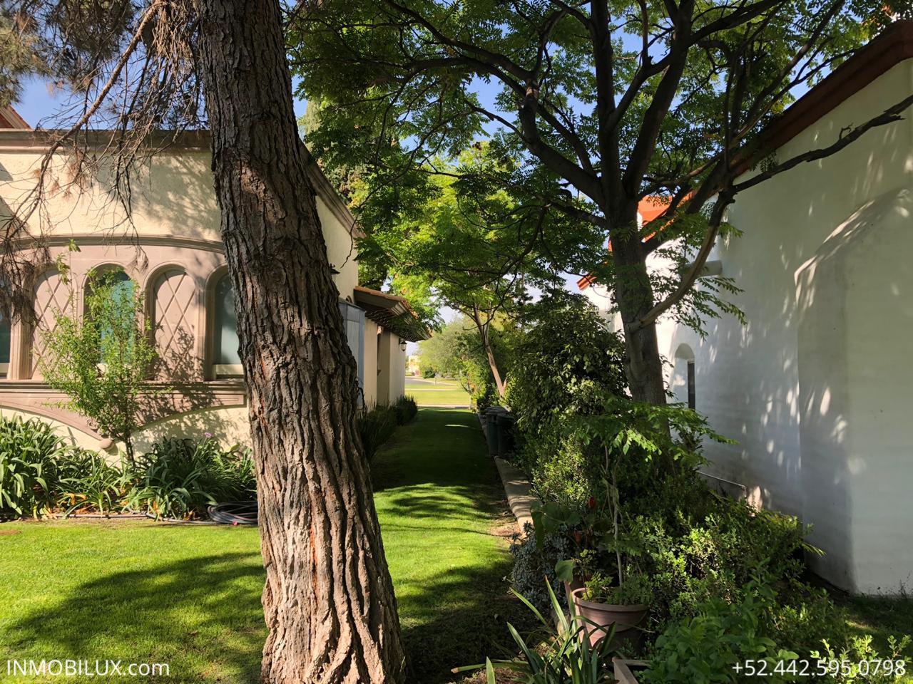 Casa Mesquite Campanario Pasillo 2