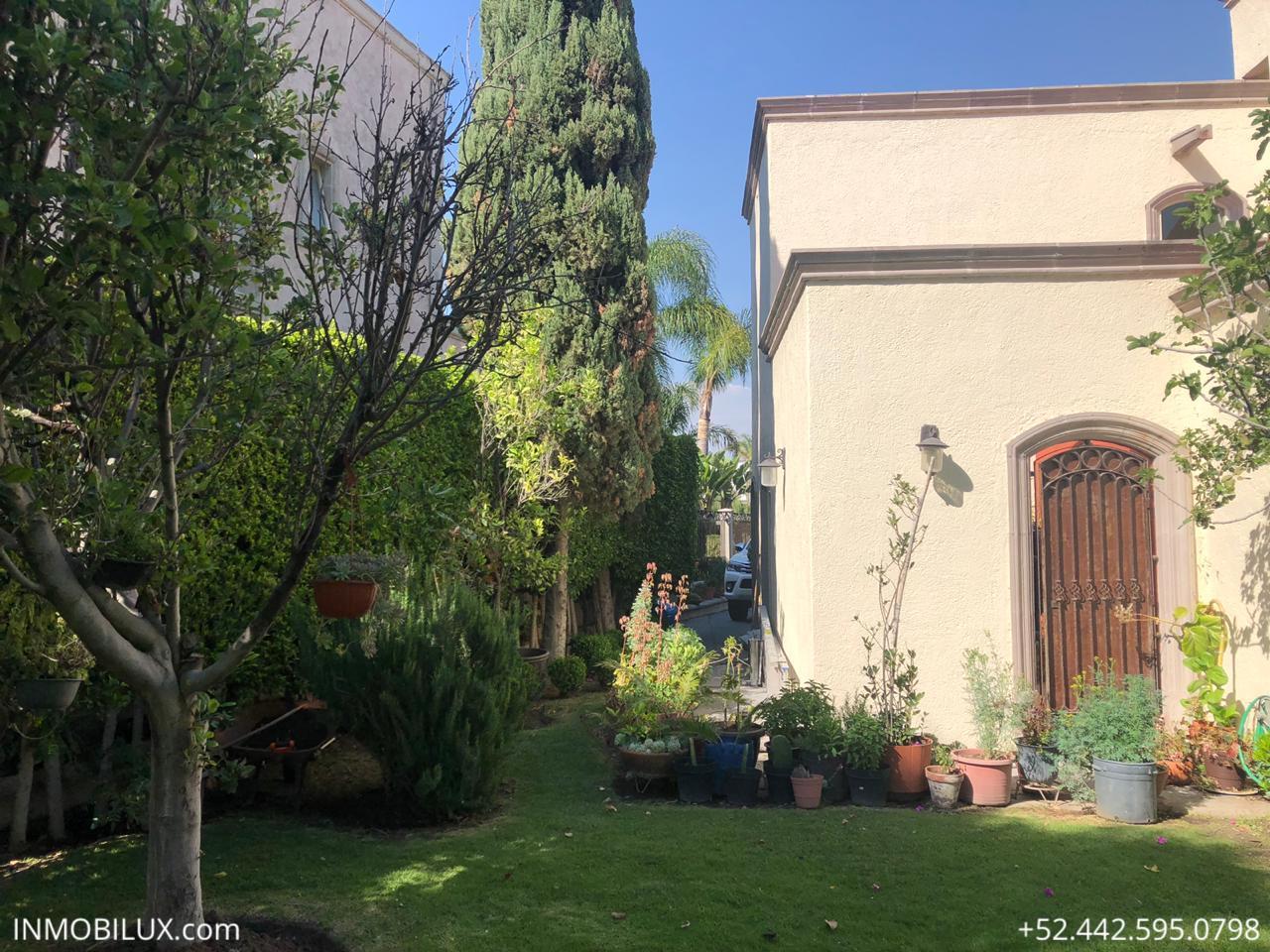 Casa Mesquite Campanario Pasillo 4