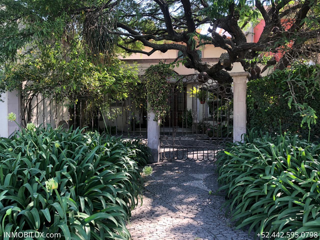 Casa Mesquite Campanario Entrada