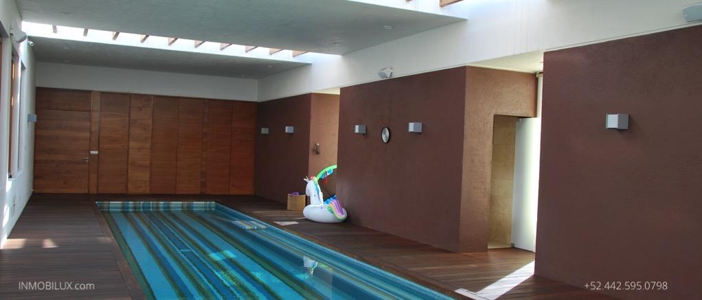 House-With-Pool-Queretaro-Mexico