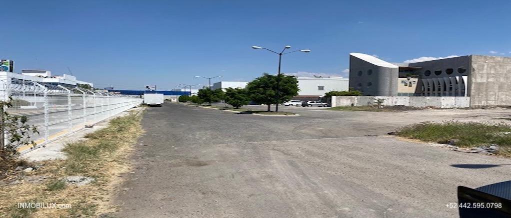 Calle Terreno Comercial Queretaro