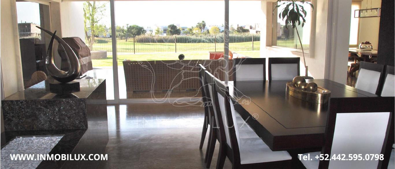 sala casa en club de golf El Campanario Querétaro