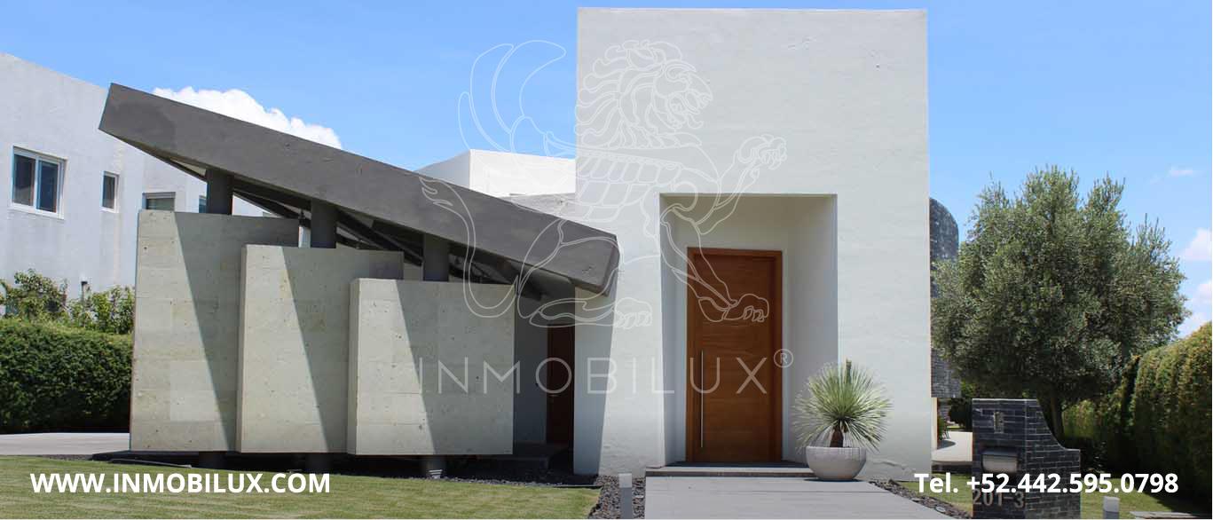 fachada casa en el Campanario Querétaro