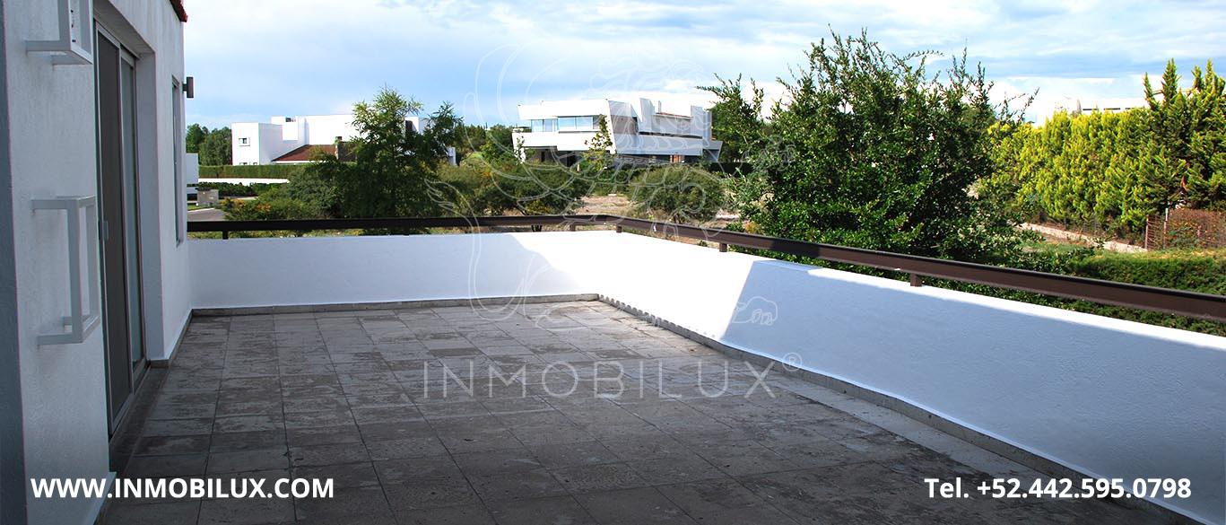 Terraza Casa 8 El Campanario