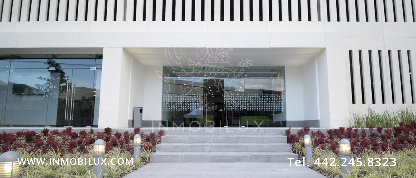 entrada edificio de oficinas Querétaro Business Park