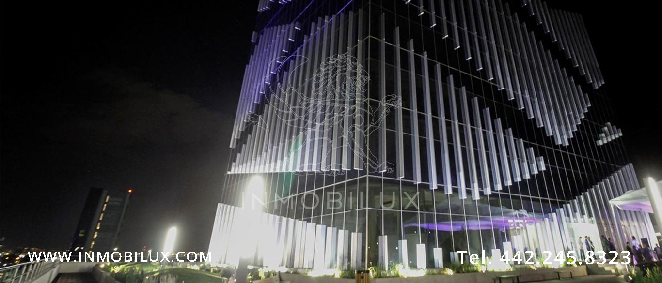 vista nocturna edificio de oficinas Querétaro Business Park