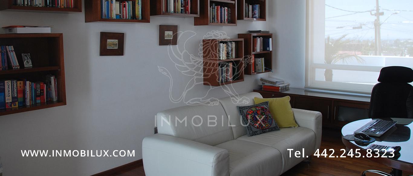estudio casa en Colinas del Parque Querétaro